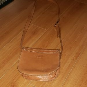 Fossil Bags - FOSSIL COW HIDE CROSSBODY BAG~ Turnlock closure